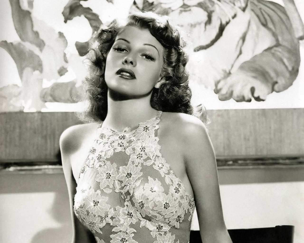 http://www.fromrss.com/wp-content/uploads/2012/01/ritahayworth_2007.jpg